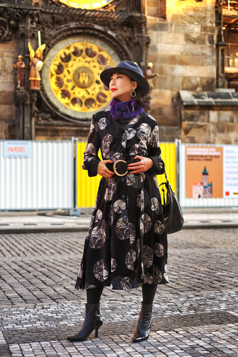 My OOTD Now - The Carwash Pleat Dress. Fashion post by vivalaViv. Location shoot in front of Prague Astronomical Clock by photographer Kent Johnson.